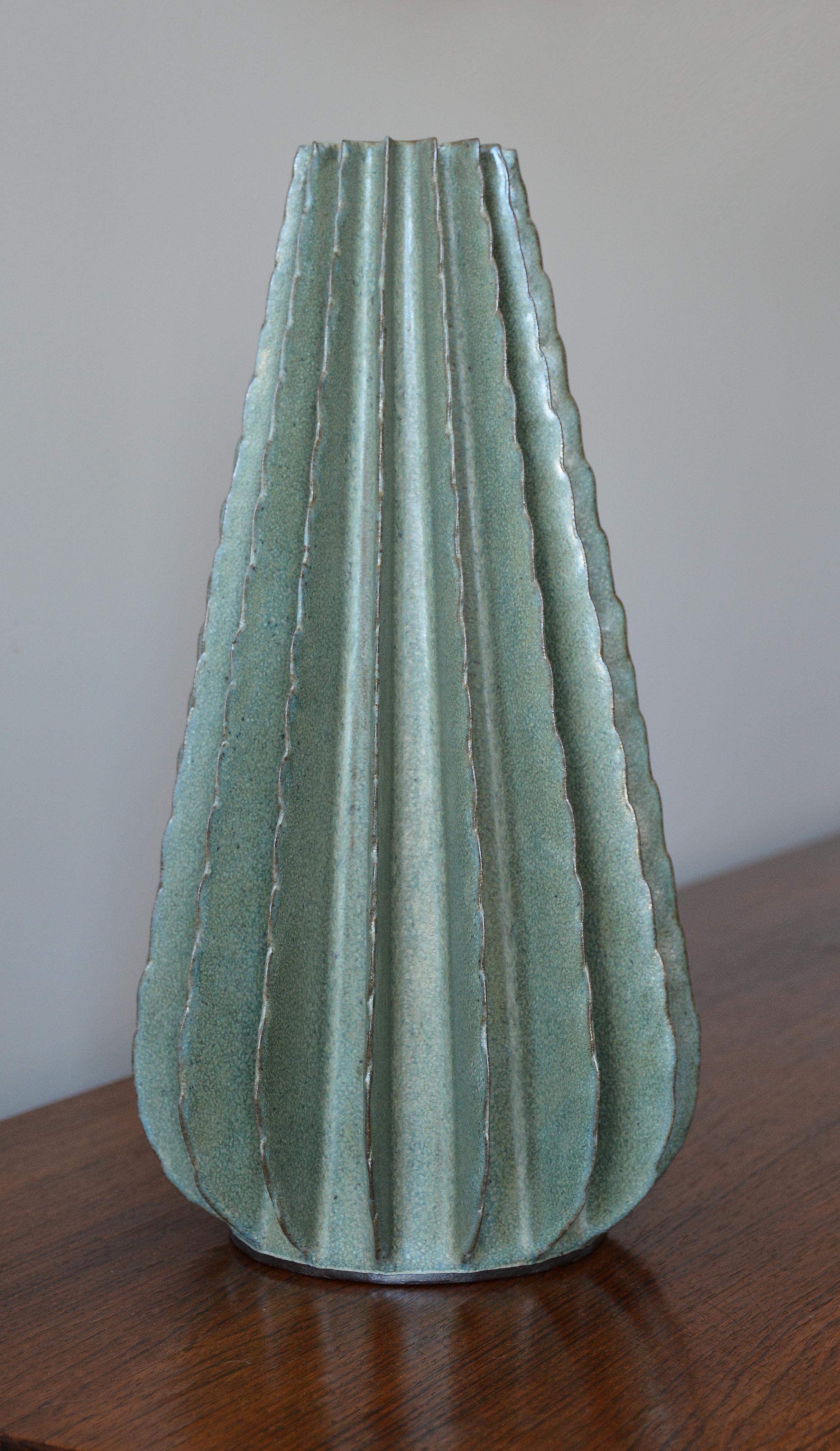 Silky Green Cone (0406)
