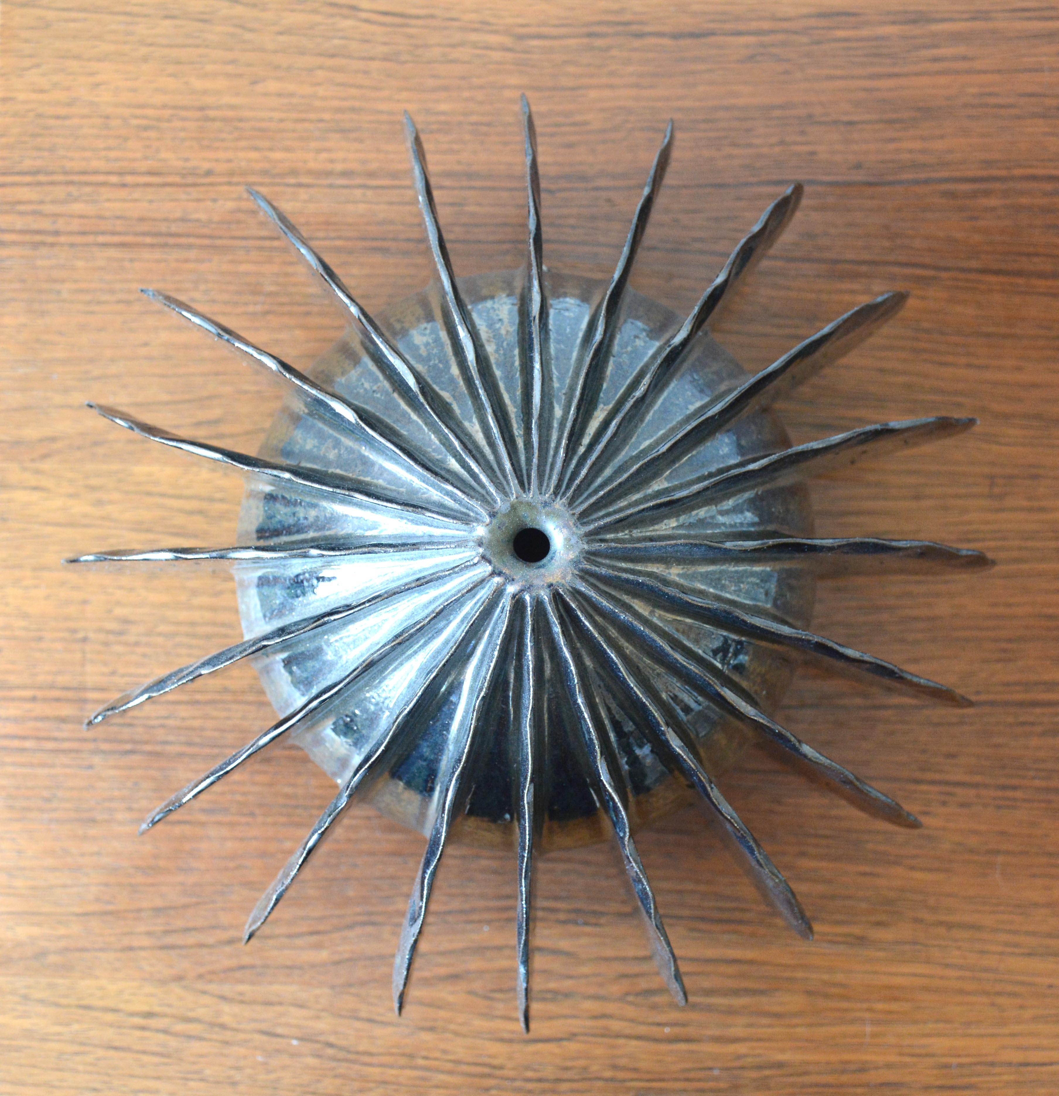 Silver Pod (4560)