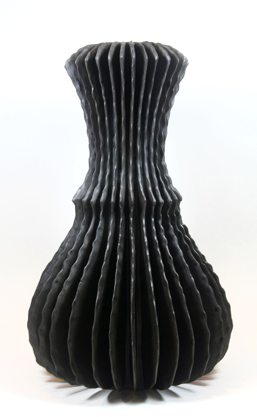 Billowing Vase (3106)