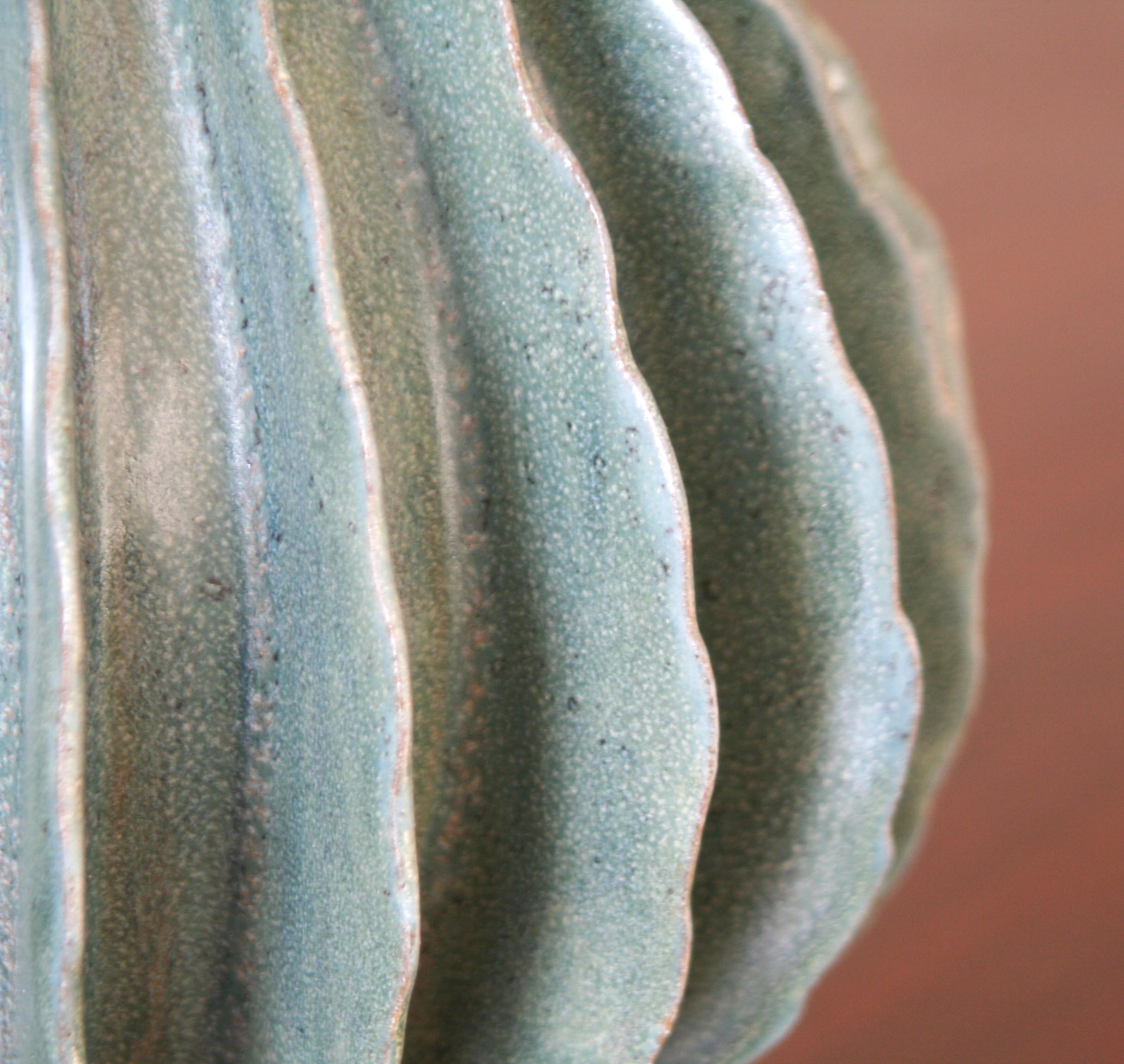 Green Pod Detail (4553)