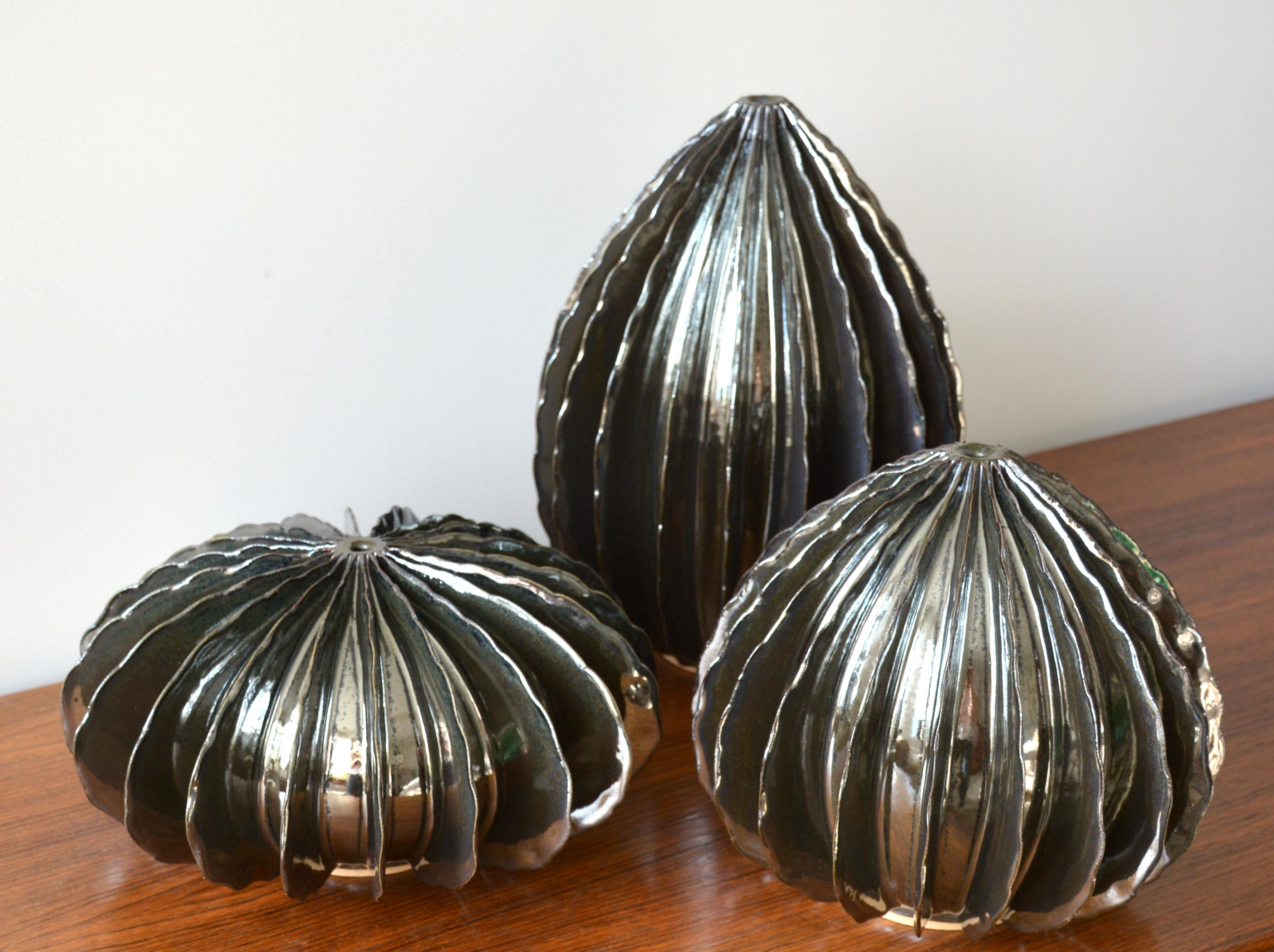 Silver Pods (0167)