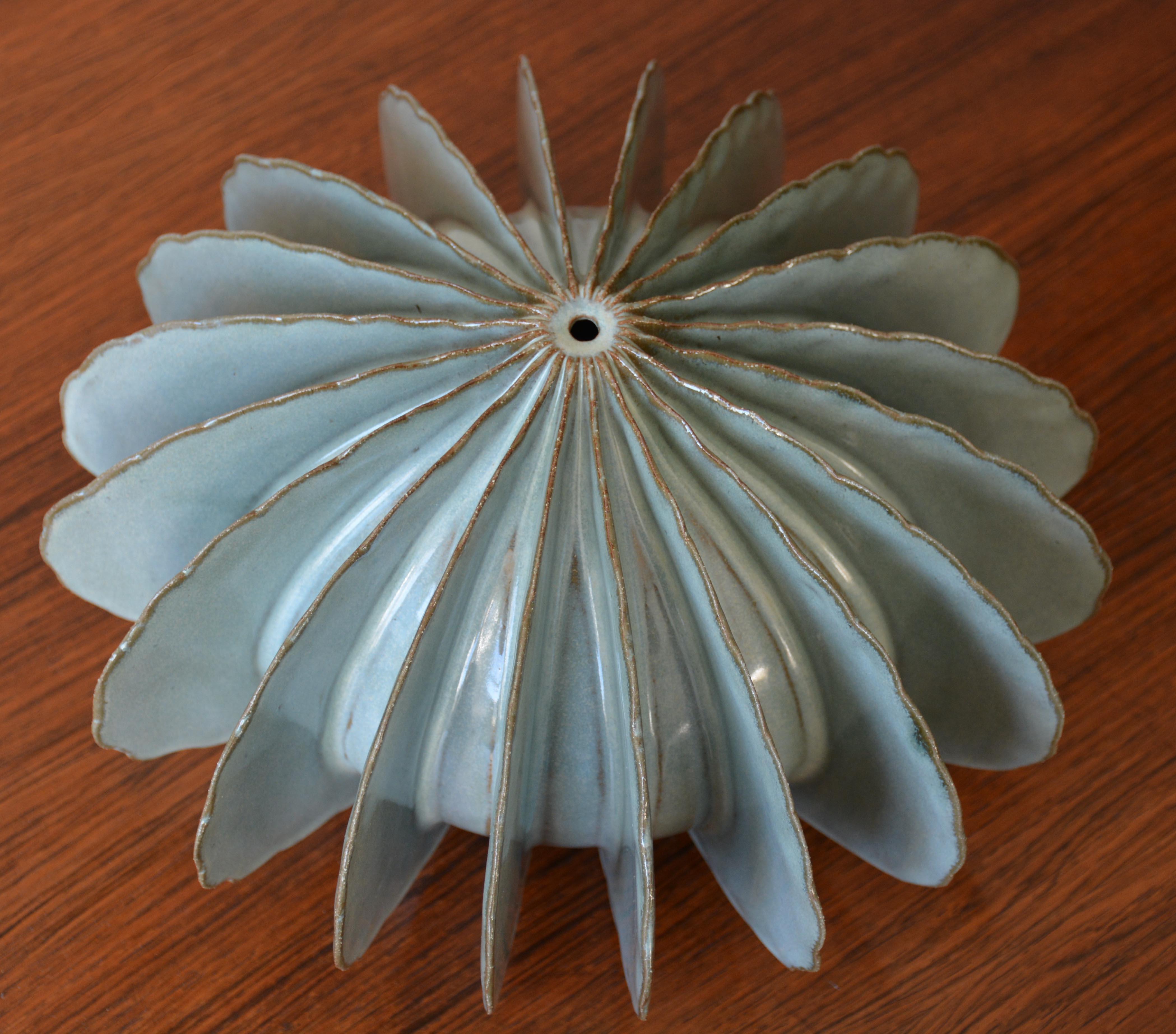 Frost Blue Pod (0755)