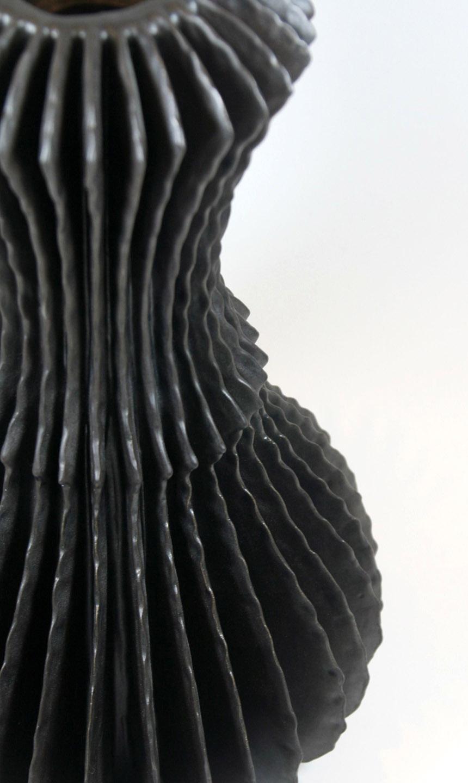 Billowing Vase Detail (3122)