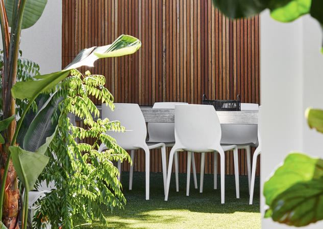 Courtyard Riverview Waterfront Home Meusz Interiors