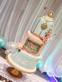 Double Crown, Celebration Cake