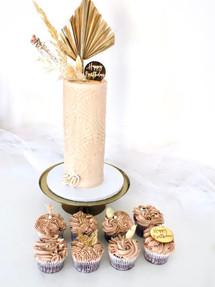 Nude Love, Celebration Cake