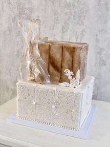 North Pole, Celebration Cake
