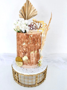 Gold Dreams, Celebration Cake