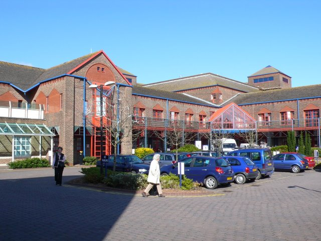 Dorset_County_Hospital_-_geograph.org