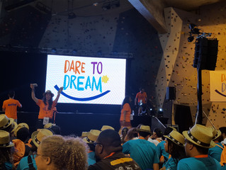 'Dare to Dream (담대하게 꿈에 도전하라!)'