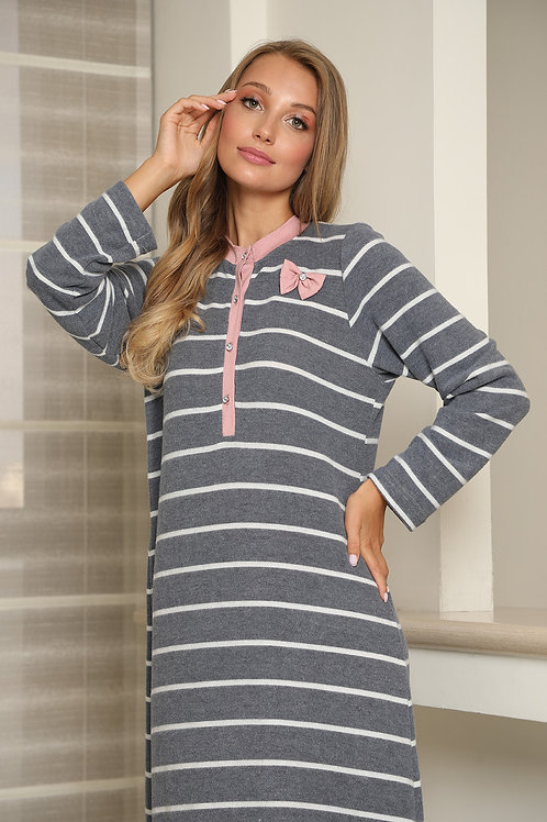Warm stripes gown with buttons