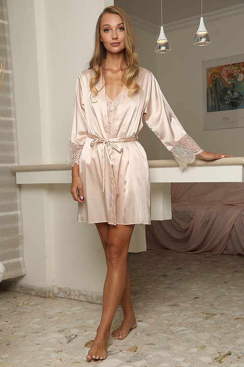 Mini Robe With Lace