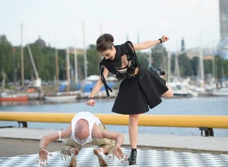Simona Anaņiča: marš dejot!