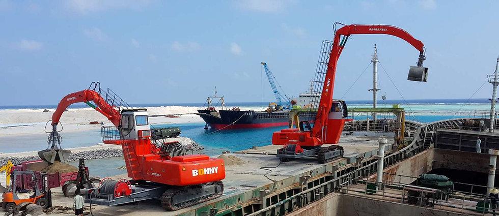 Перегружатели BONNY в порту