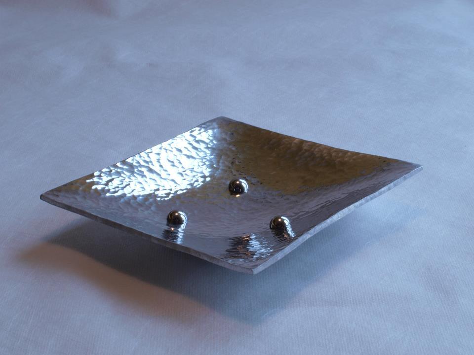 Hammered aluminium bowl