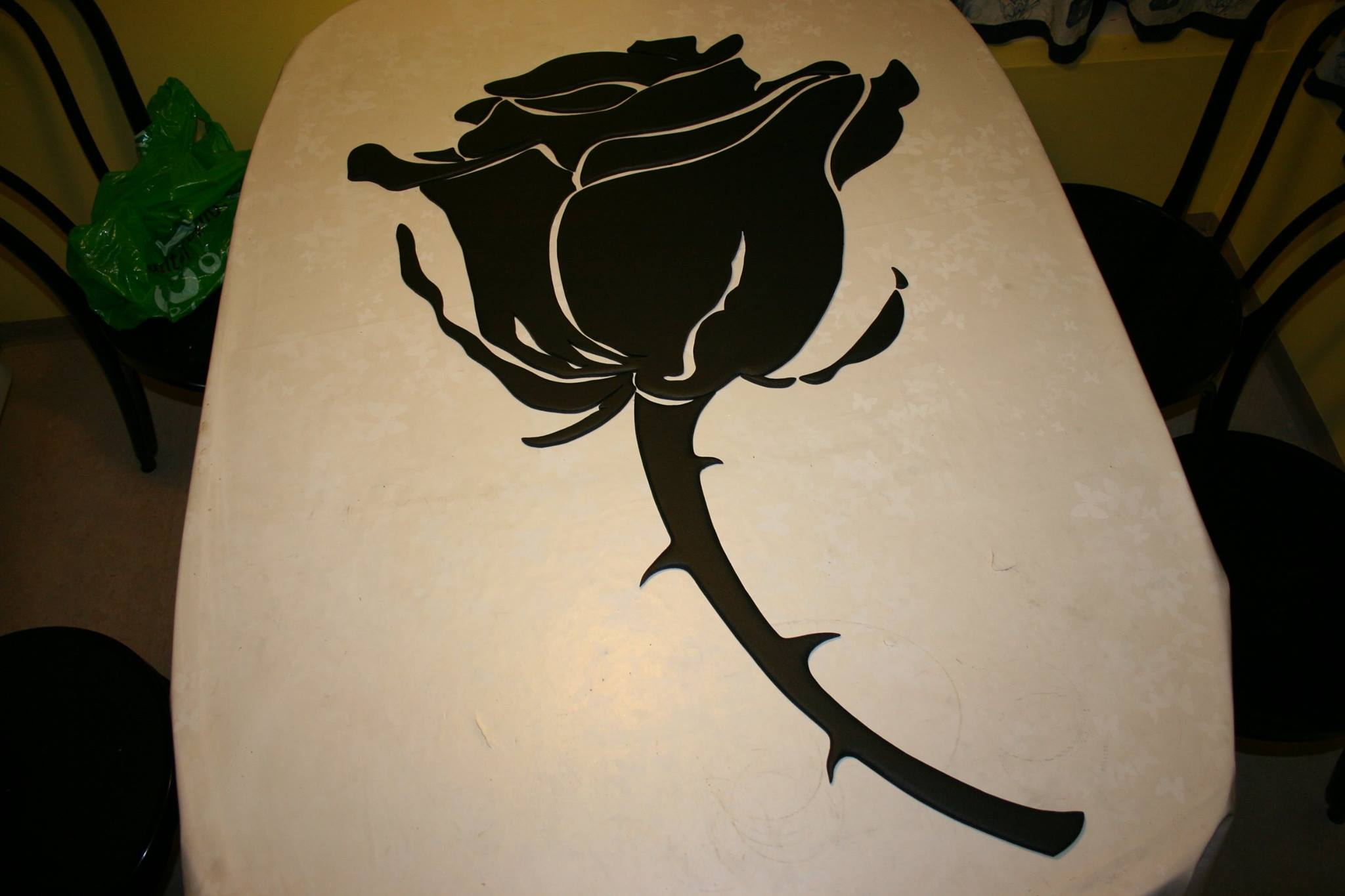 Finished mdf rose in black