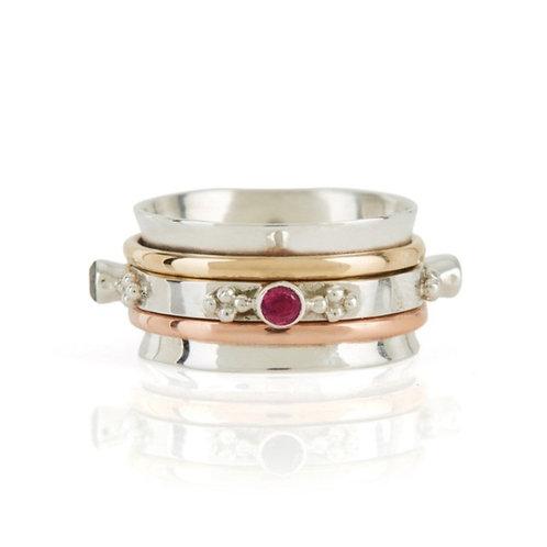 Charlottes Web Rajput Sunset Spinning Ring