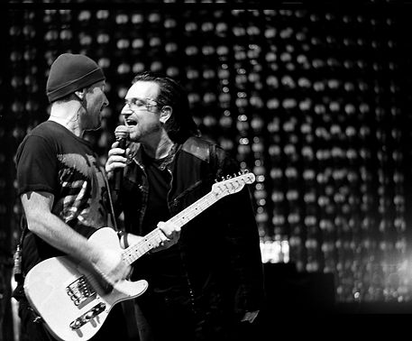 U2 Bono The Edge Vertigo Tour Black and White photography ©ajvallee