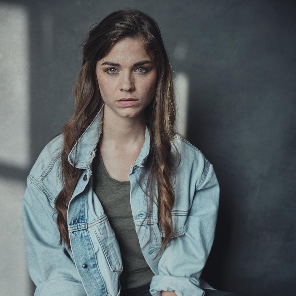 Hazel Young - Kim Hardy