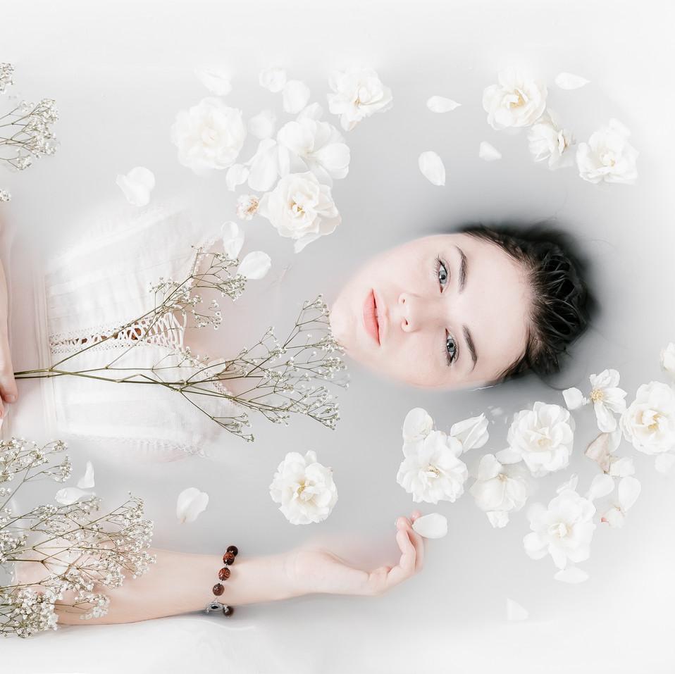 Hazel Young as Ophelia by Delphine de Syon