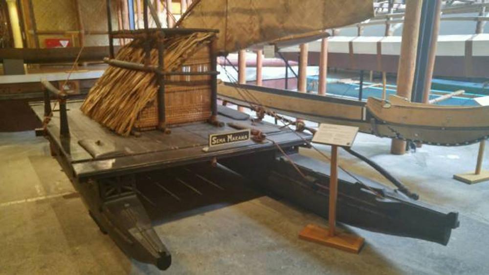 fijian-canoe