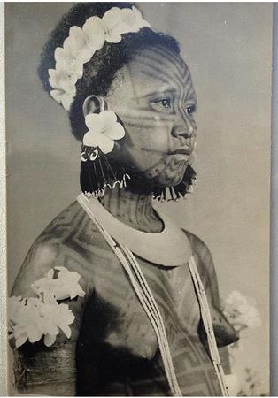 Tattooing Papua New Guinea