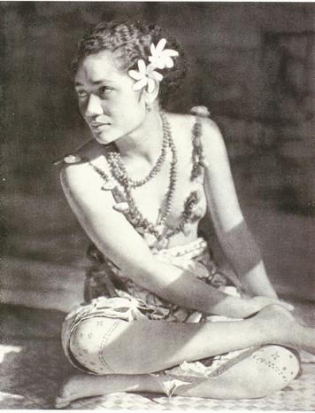 Samoan Woman's Tattoos