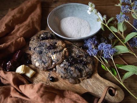 Cookies au sarrasin, dulse, myrtilles et chocolat blanc.