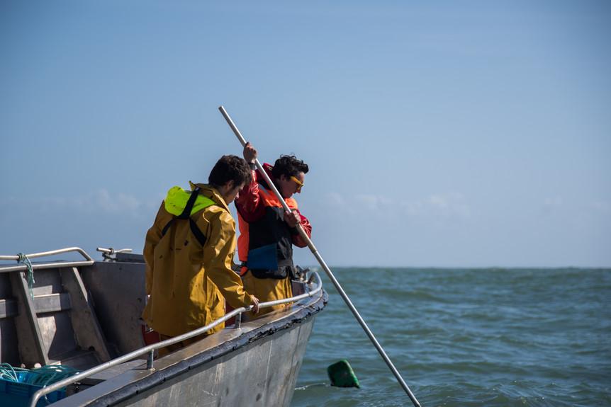 L'équipe en mer