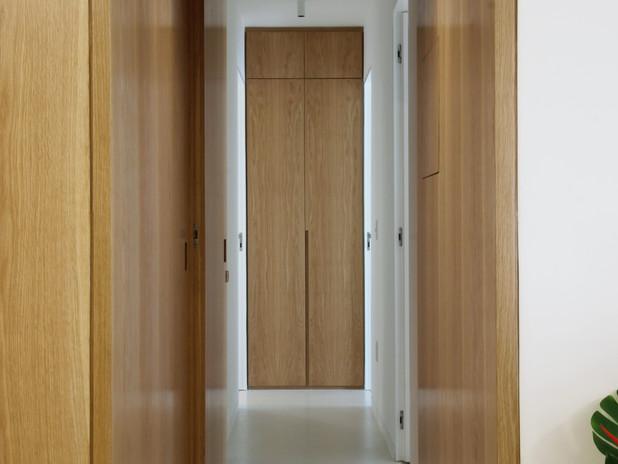Hallway bedrooms.jpg