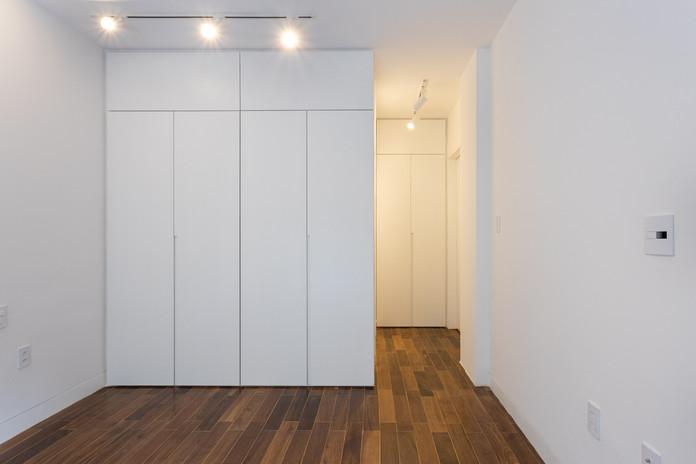 bedroom closet design.jpg