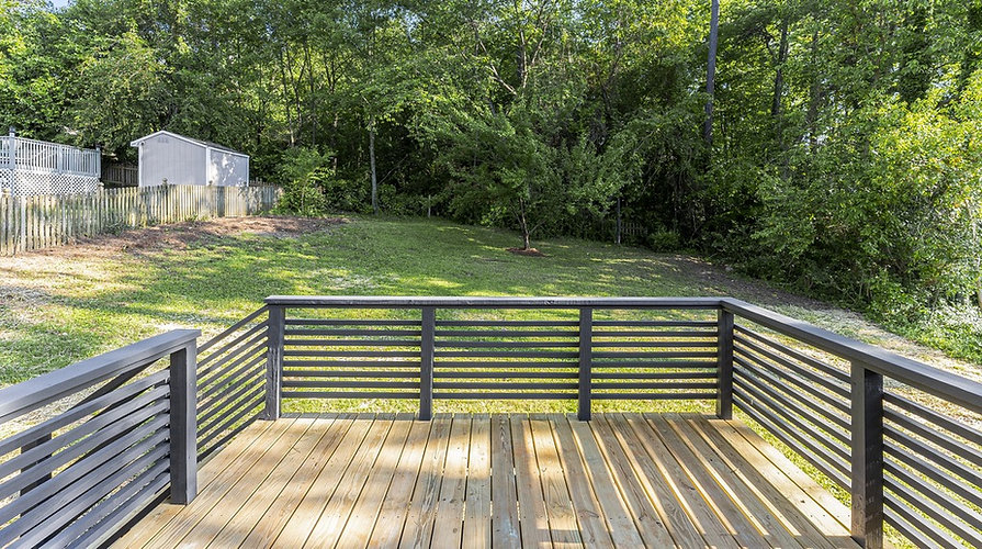 deck-rail-design-mid-centry-home-raleigh