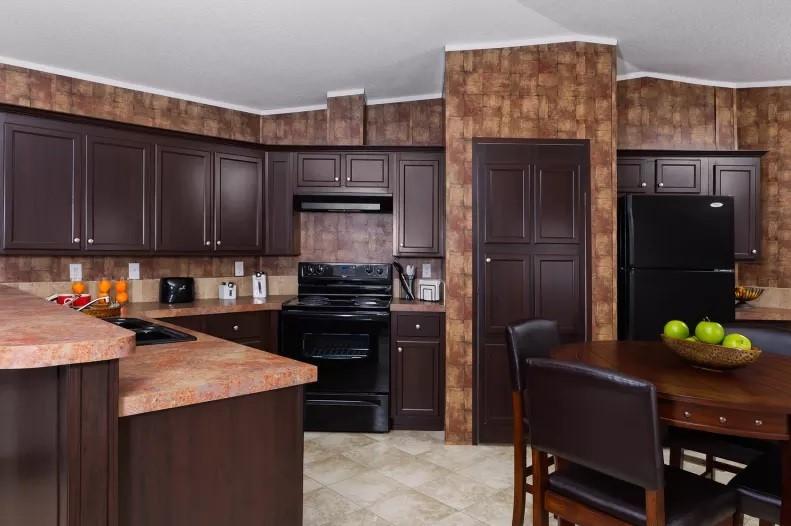 Dinning & Kitchen