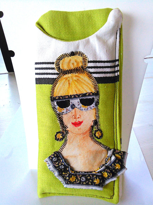 Sunglasses case made from rescued fabric