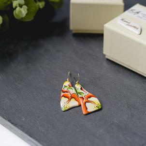 Erika-Abrecht-Ceramics-handpainted-porcelain-jewellery-red.jpg