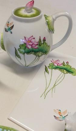 Lotus tea pot and tile