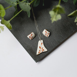 Erika Albrecht Ceramics handmade, porcelain jewellery, red, handpainted.jpg
