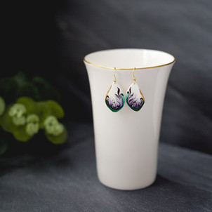 Erika-Albrecht-Ceramics-handpainted-porcelain-earrings-handmade-purple-green.jpg
