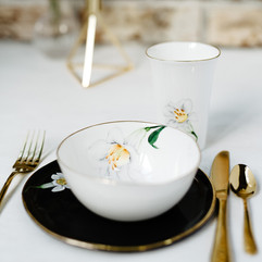 White Lilies breakfast set