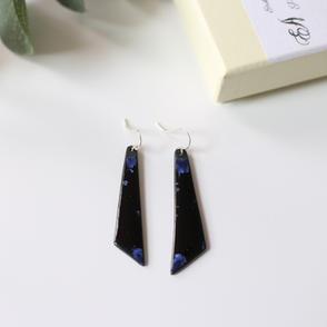 erika-albrecht-ceramics-blue-black-handmade-earrings-porcelain-shard.JPG