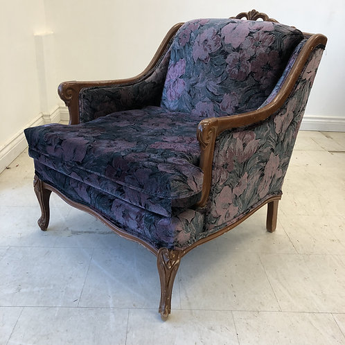RESTYLE Finds: Queen Anne  armchair