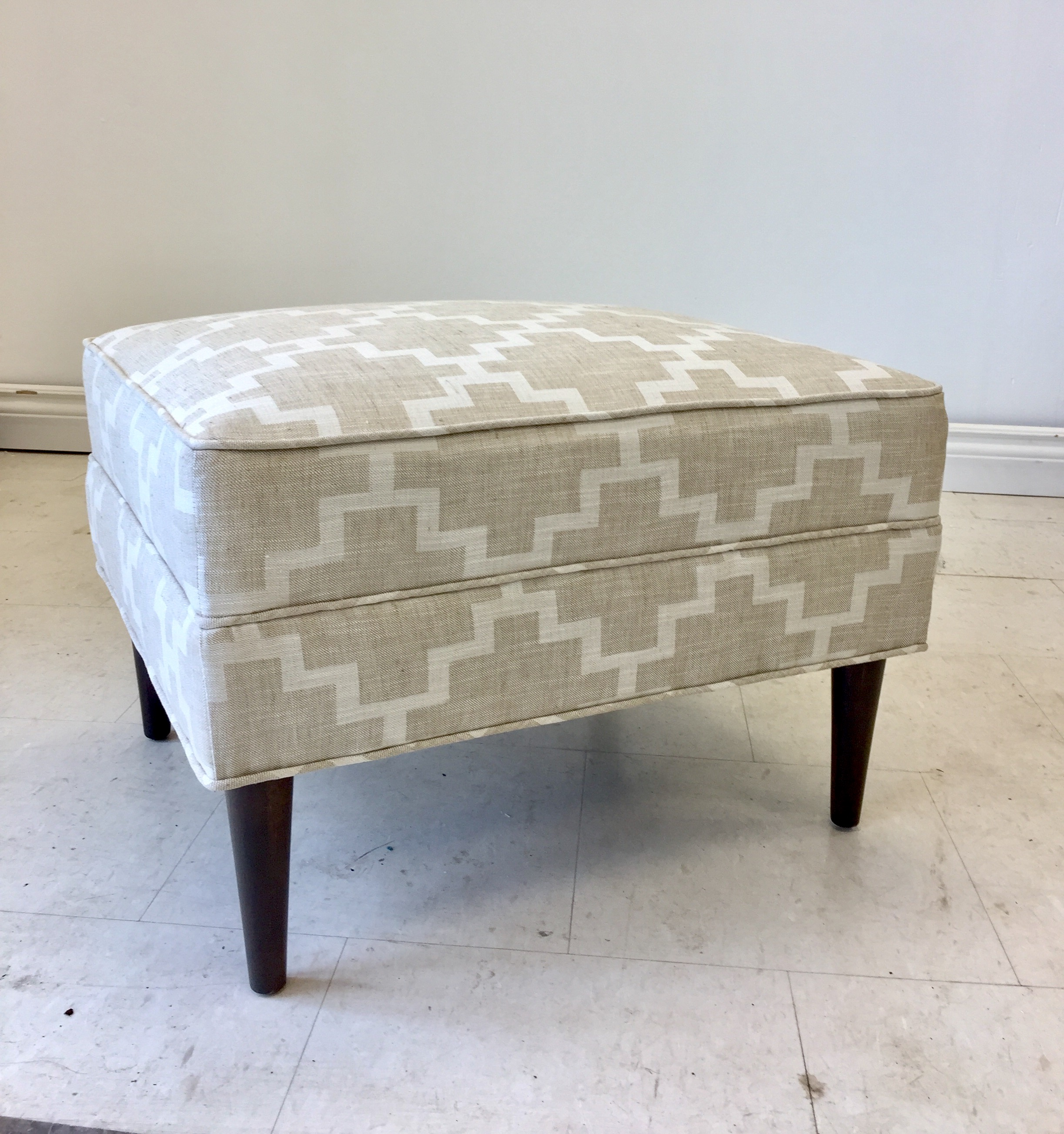 MIDCENTURY REUPHOLSTERY