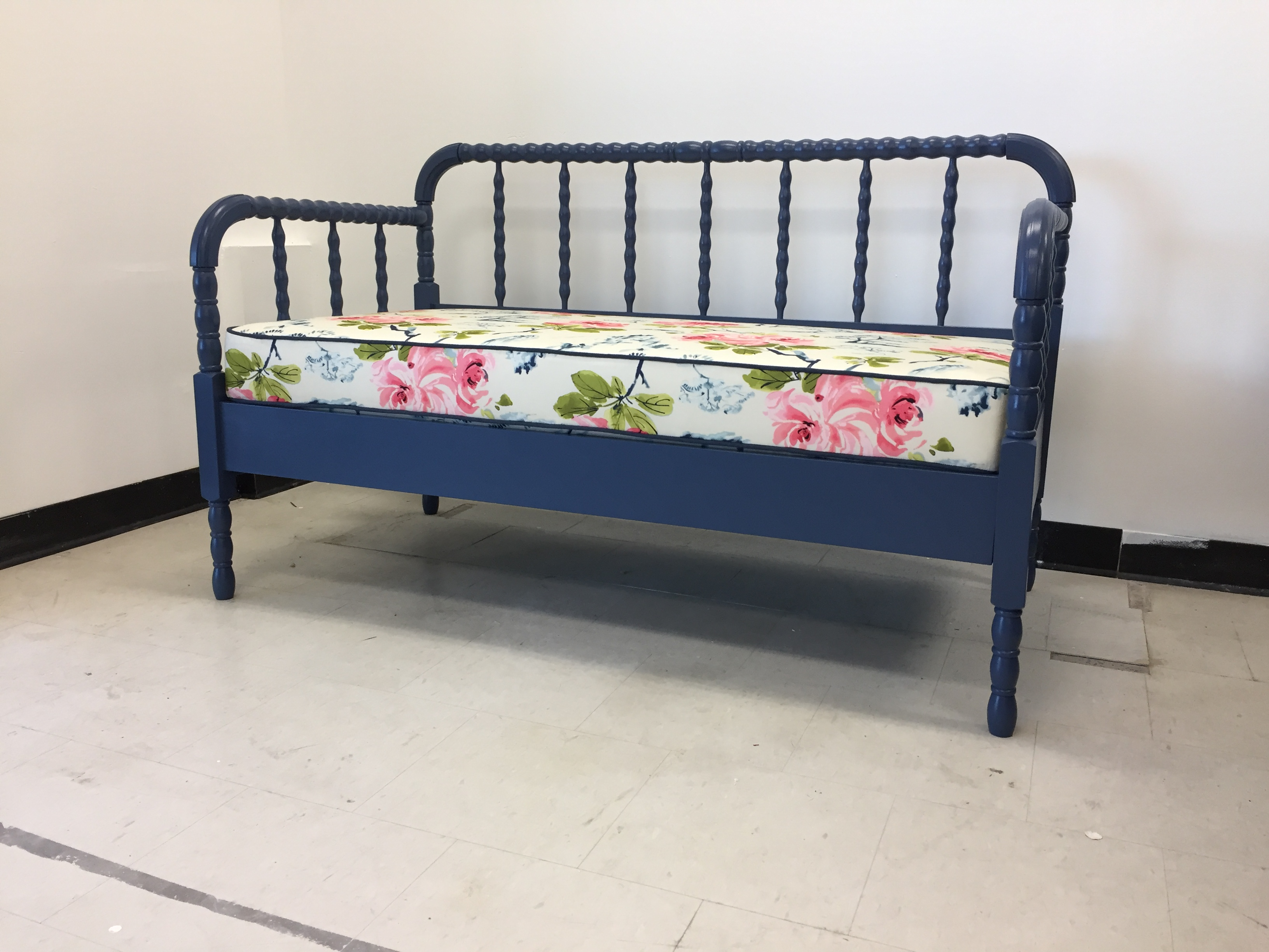 PAINT FINISHING + DAYBED COVER