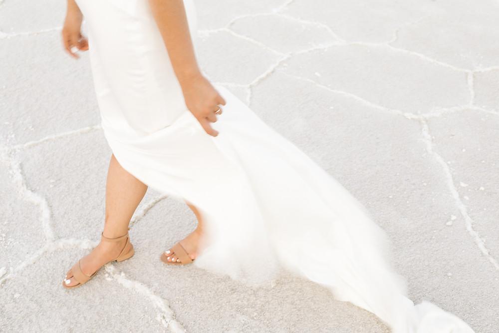 Modern bridal photography and first look at Bonneville Salt Flats, Katie B Creative