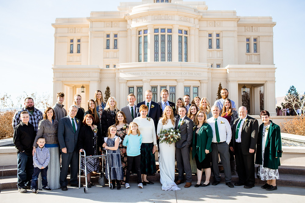 group photo in front of payson, utah temple