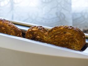 ¡Alerta! Conozca los riesgos  de tostar demasiado el pan