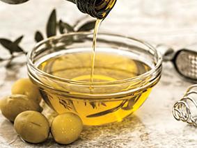 Gastronomía: El aceite de Oliva, bien recibido por expertos paladares.