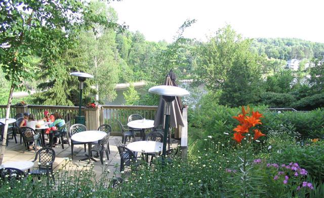 inn-at-the-falls-971512-1490692-regular.