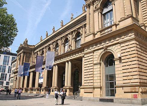 Frankfurt_Börse_IHK.jpg