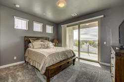 Guest Bedroom 2-min